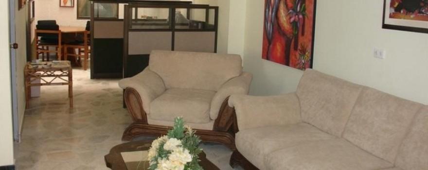Corredores y espacios interiores. Fuente: hotelelbosquearmenia.com
